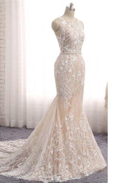 White Trumpet/Mermaid Scoop Neck Lace Sweep Train Appliques Lace Sashes/Ribbons Elegant Long Prom Dresses