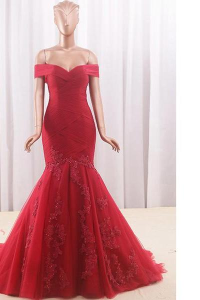New Trumpet/Mermaid Off-The-Shoulder Tulle Court Train Appliques Lace Lace-Up Red Long Prom Dresses